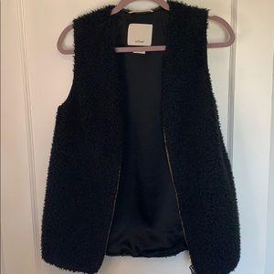 Aritzia Wilfred chatou vest faux shearling